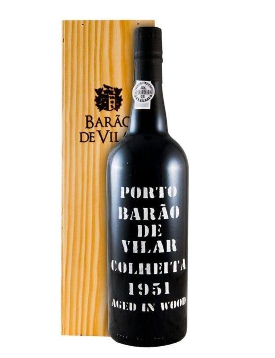 Une bouteille de Barão de Vilar Récolte 1951