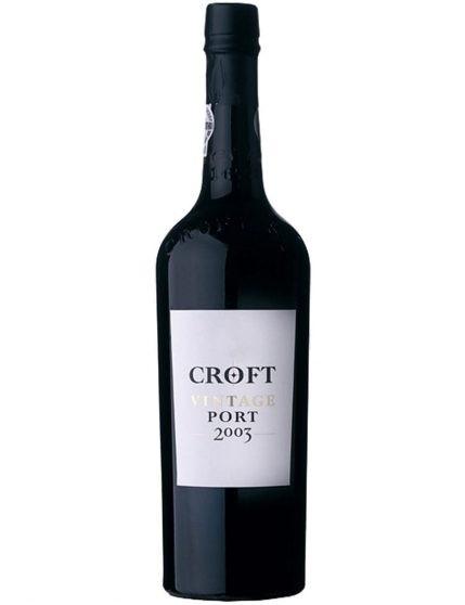 Une bouteille de Croft Vintage 2003