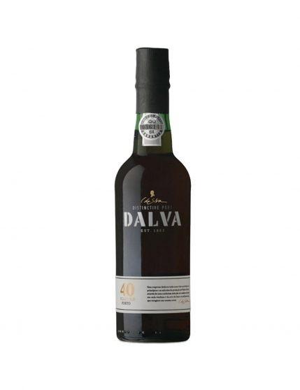Une bouteille de Dalva Tawny 40 Ans 37.5cl
