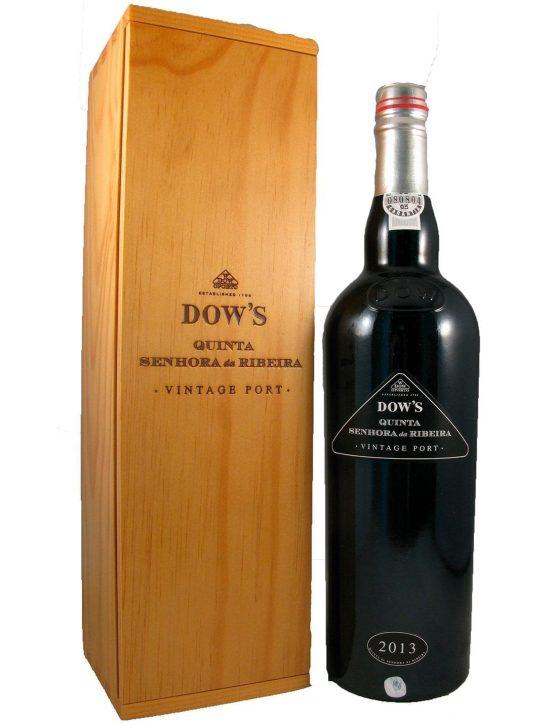 Une bouteille de Dow's Quinta Senhora da Ribeira Vintage 2013 6L