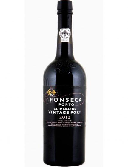 Une bouteille de Fonseca Guimaraens Vintage 2012 Porto