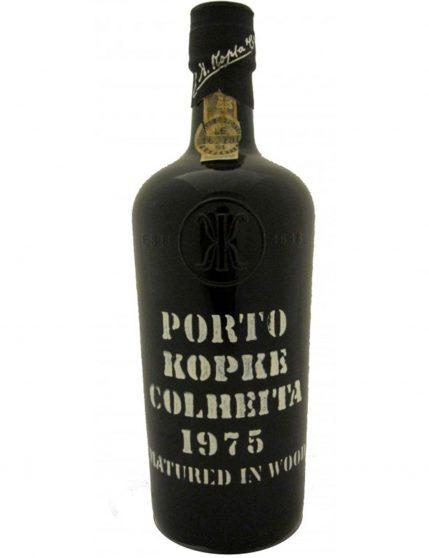 Une bouteille de Kopke Récolte 1975