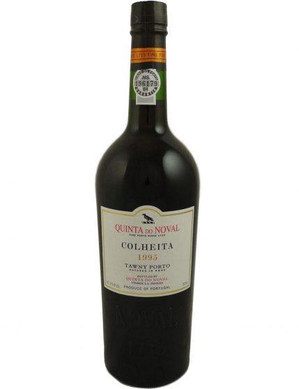 Une bouteille de Quinta do Noval Récolte 1995