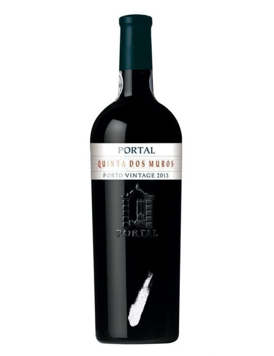 A Bottle of Portal Quinta dos Muros Single State Vintage 2013